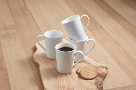 Linea Luna set of 4 porcelain straight mugs