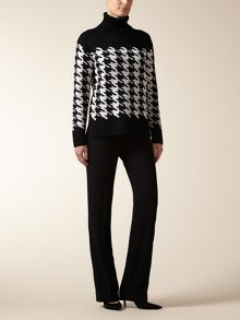 Oversize Houndstooth Sweater