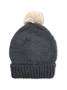 Rennie Bobble Hat
