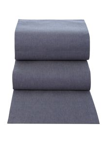 Linea chambray runner