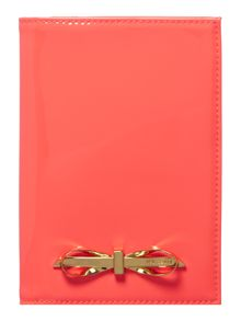 Bright pink bow passport holder