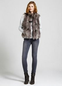 Latte Textured Faux Fur Gilet