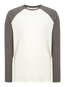Mens long sleeve raglan top