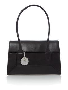 Border black medium flap over tote bag