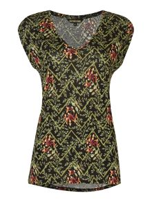 V neck t-shirt with all over floral chevron print