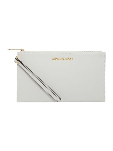 Michael Kors Jetset Travel white pouch
