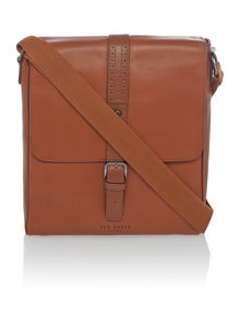 Broguing leather flight bag