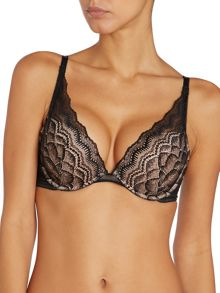 Wonderbra Push up lace bra
