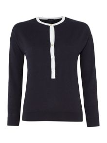 Long sleeved knitted top with contrast neckline