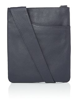 Pocketbag navy medium crossbody bag