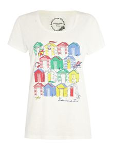beach hut placement print tee
