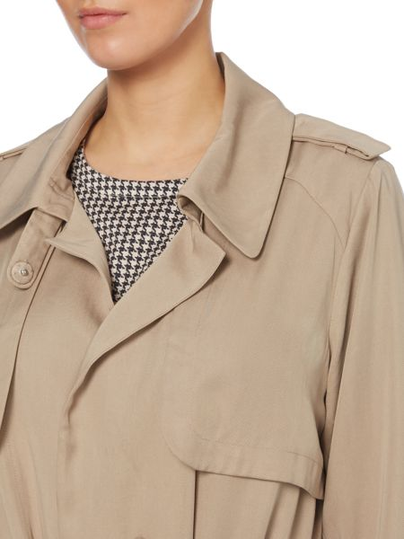 Vince Camuto Wrap front mac with belt