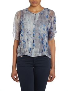 T-vette all over printed pleated blouse