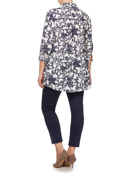 Persona Shirt with floral pattern