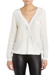 Salsa Longsleeve front crossover top
