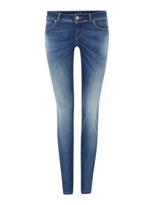 Push up wonder skinny jean