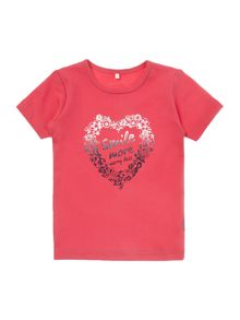 Girls short sleeved top with a smile heart