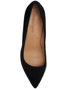 Bella point suede court shoes