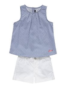 Girls set of blouse and short