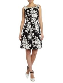 Floral printed dress with pearl neckline