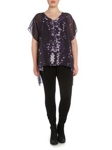 Plus size raindrop print split back blouse