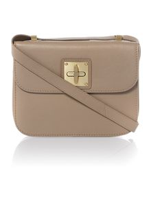 zelah turnlock cross body handbag