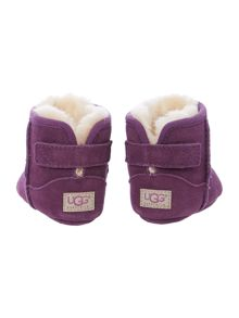 Newborn embroidered sheepskin bootie