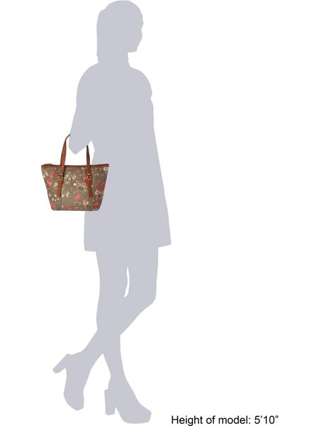 Nica Shoulder Tote Bag 24