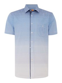 Short Sleeve Regular Fit Shirt In Ombre Geo Print