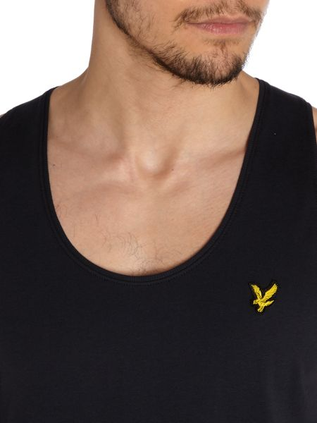 Lyle and Scott Plain Crew Neck Regular Fit Vest