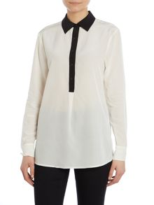 Long sleeved silk shirt with crew neck