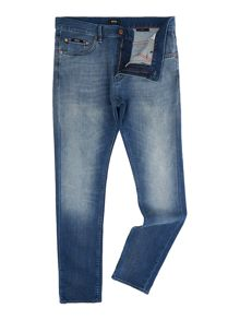 Light Wash Mid Rise Jeans