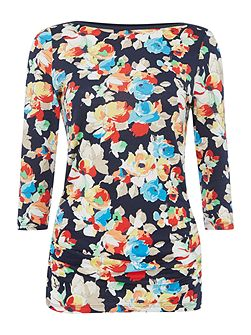 3/4 sleeved boat neck top with floral print