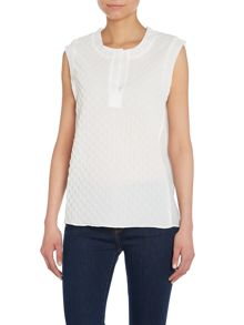 Sleeveless quilted top
