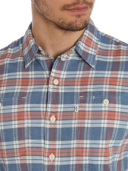Levi's Classic Fit Long Sleeve Classic Collar Shirt