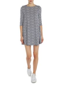 3/4 Sleeved Swing Dress