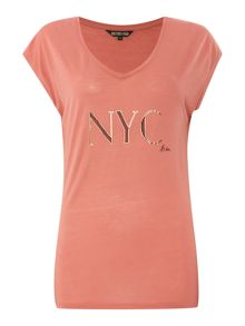Nyc slogan v neck tee
