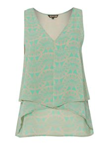 Printed envelope sleeveless top