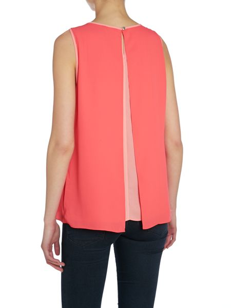 Vince Camuto Sleeveless contrast lining blouse