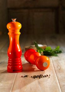 Classic Pepper Mill Volcanic