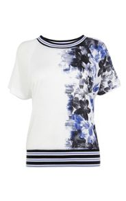 Graphic floral print t-shirt