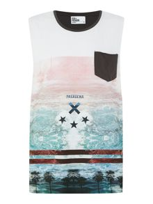 La Ocean Graphic Regular Fit Tank Vest