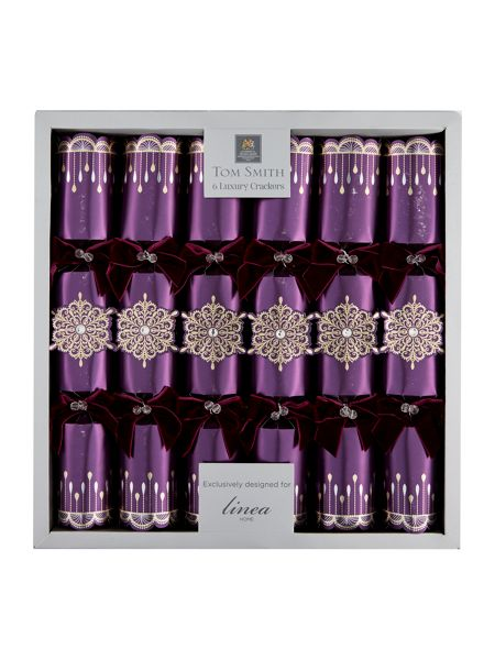 Linea Set of 6 deluxe purple cut out snowflake crackers