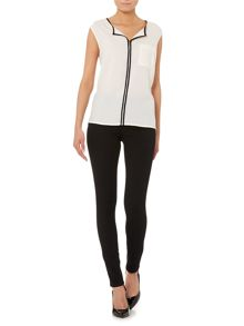 Therapy Contrast binding woven front top