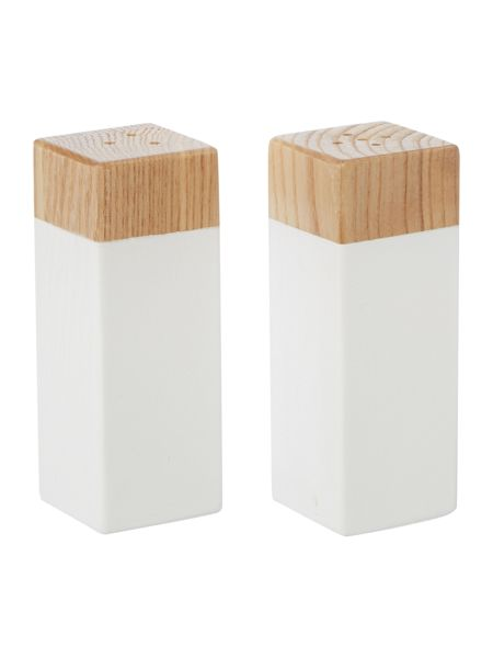 Linea Oak shakers