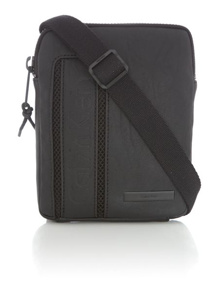 Calvin Klein Asher Synthetic Messenger Bag