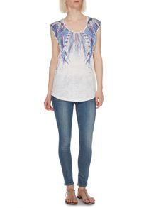 Graphic Feather Print Tee