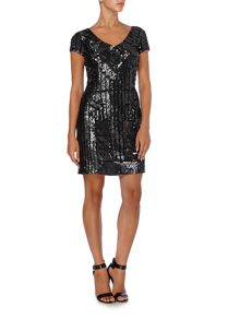 Short beaded dress with cap sleeve
