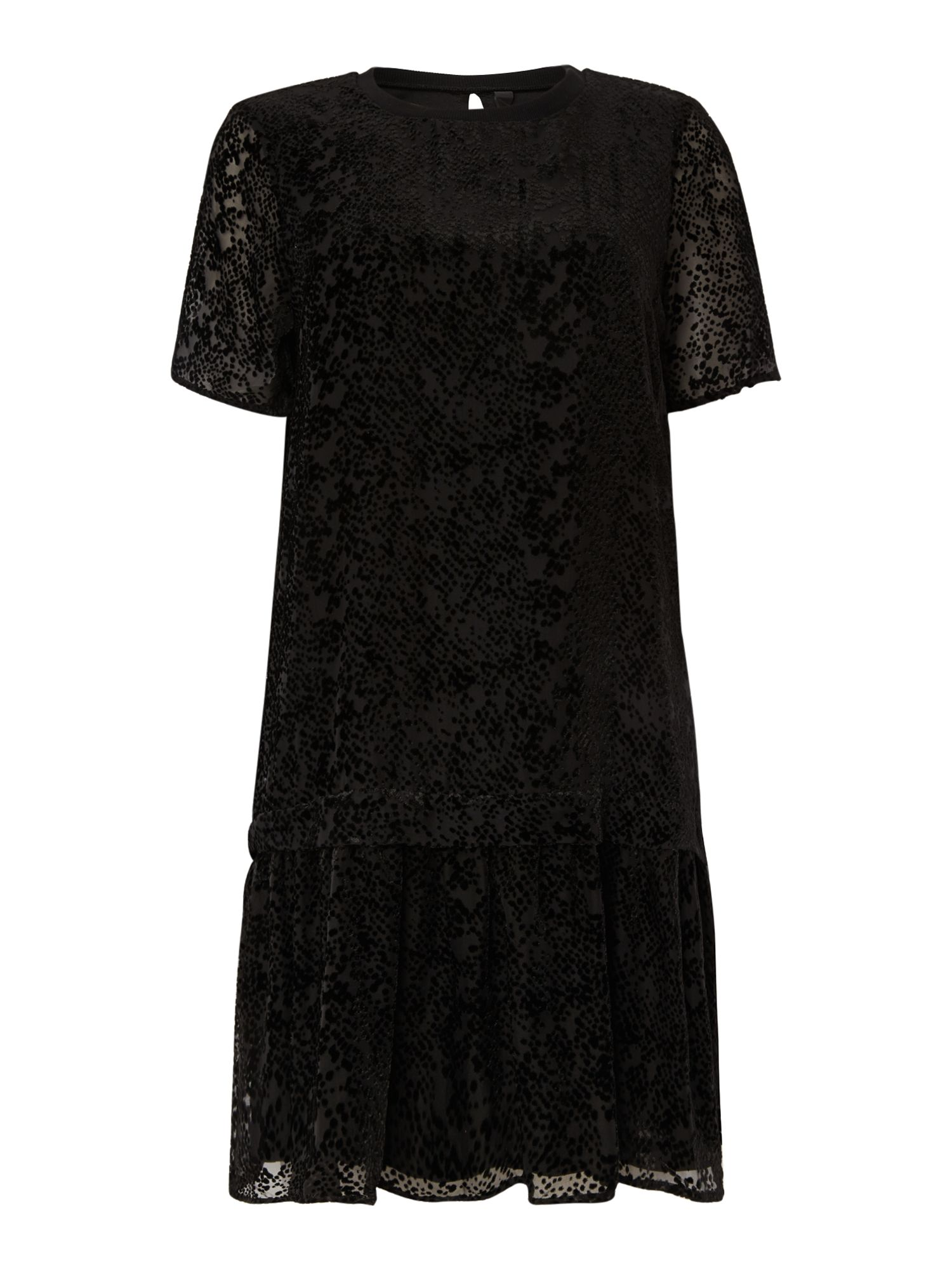 Y.A.S. Short sleeve drop waist lace dress Black £70.00 AT vintagedancer.com