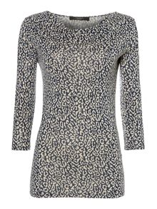 Meandro leopard print top